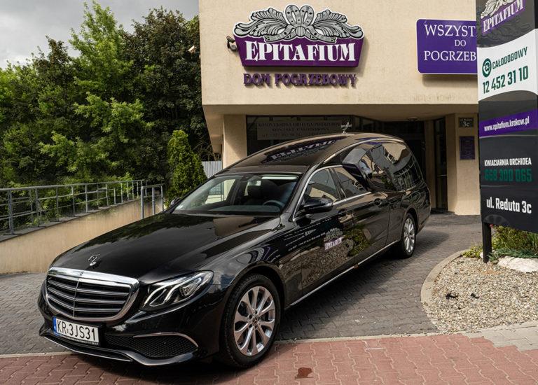 Wybór firmy zajmującej się realizowaniem pogrzebów