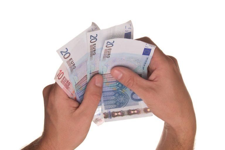 Ekspert finansowy – zalety korzystania z jego usług